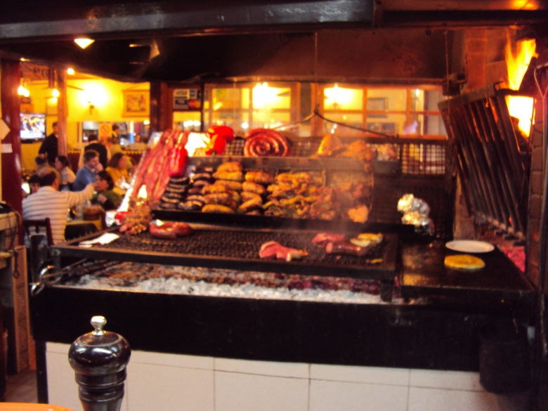 Mercado del Puerto en Montevideo, Uruguay