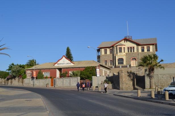 En las calles de Lüderitz, Namibia