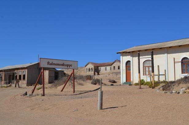 Entrada al pueblo fantasma de Kolmanskop