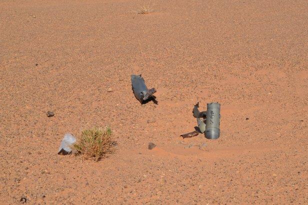 Minas antipersona cerca del muro de separación construido por Marruecos en el Sahara Occidental
