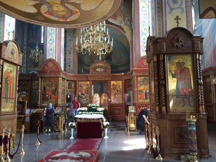 35-interior-de-una-iglesia-ortodoxa