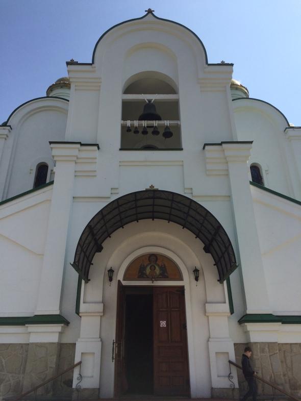 37-exterior-de-la-iglesia