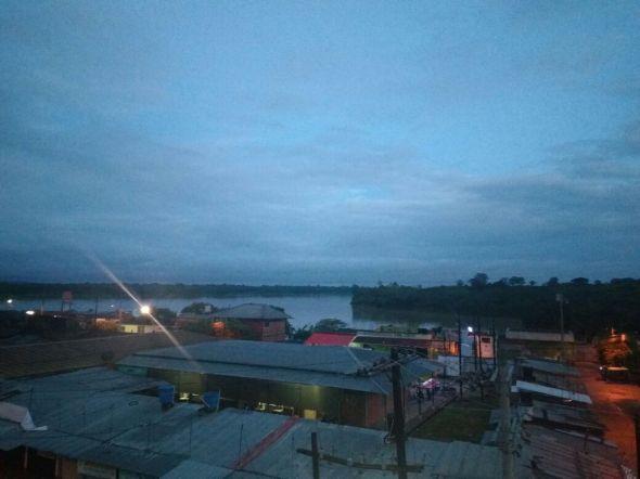 Río Guaviare al amanecer