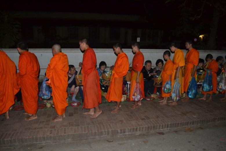 2017.01.09 Luang Prabang, LA (Cám) (12)