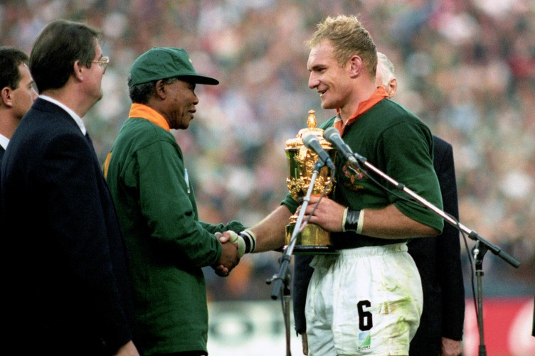 rugby-union-world-cup-south-africa-95-final-south-africa-v-new-zealand-ellis-park-johannesburg-8-752x501