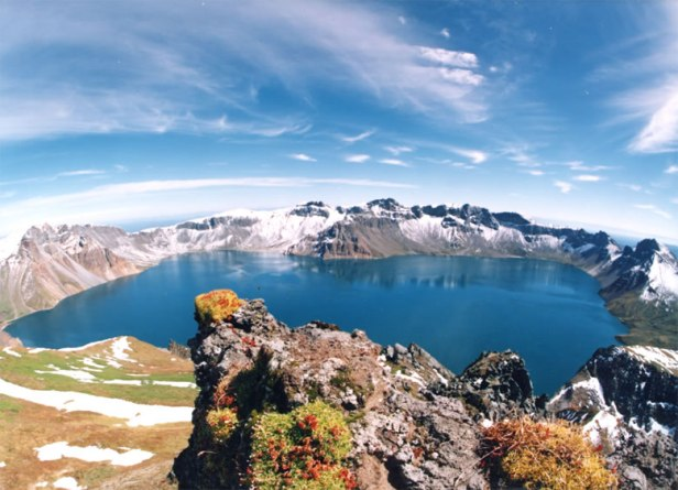 Baitou_Mountain_Tianchi