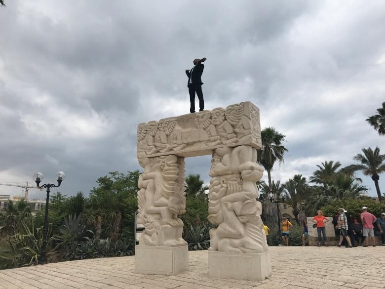 Falasha cantando en Tel Aviv (2)