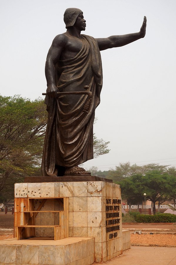 The-Mansudae-Overseas-Project-Benin-Statue-of-Béhanzin-3