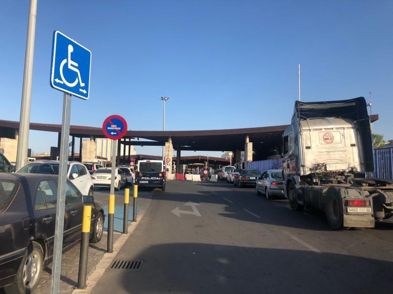 Paso fronterizo visto desde España
