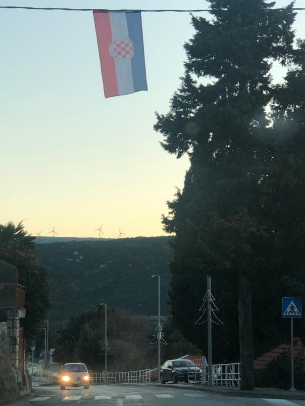 20 Bandera bosnio-croata en Neum